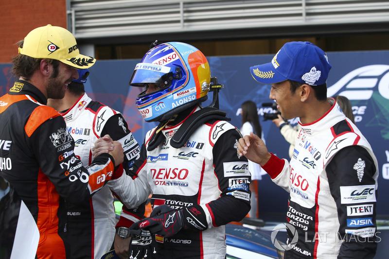 Переможці Себастьян Буемі, Казукі Накадзіма, Фернандо Алонсо, Toyota Gazoo Racing, Жан-Ерік Вернь