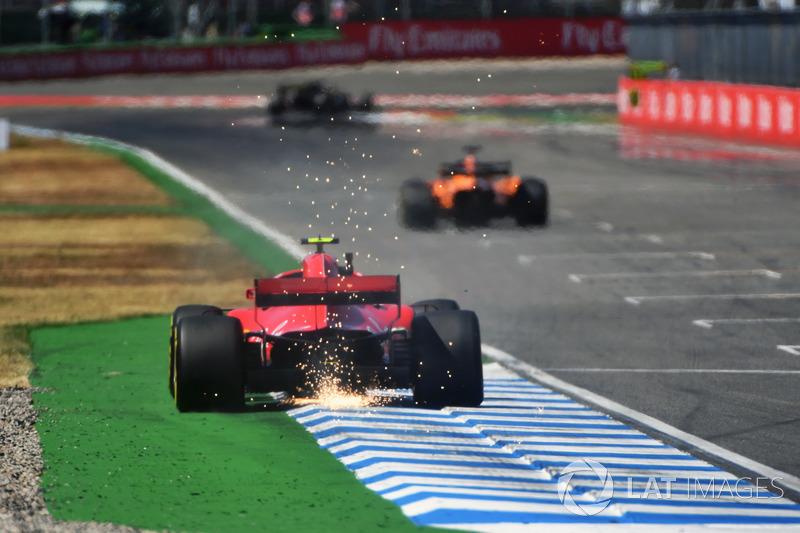 3: Kimi Raikkonen, Ferrari SF71H, 1'11.547