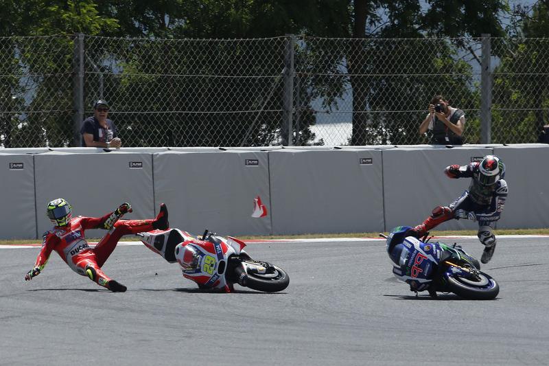 Iannone vs Lorenzo