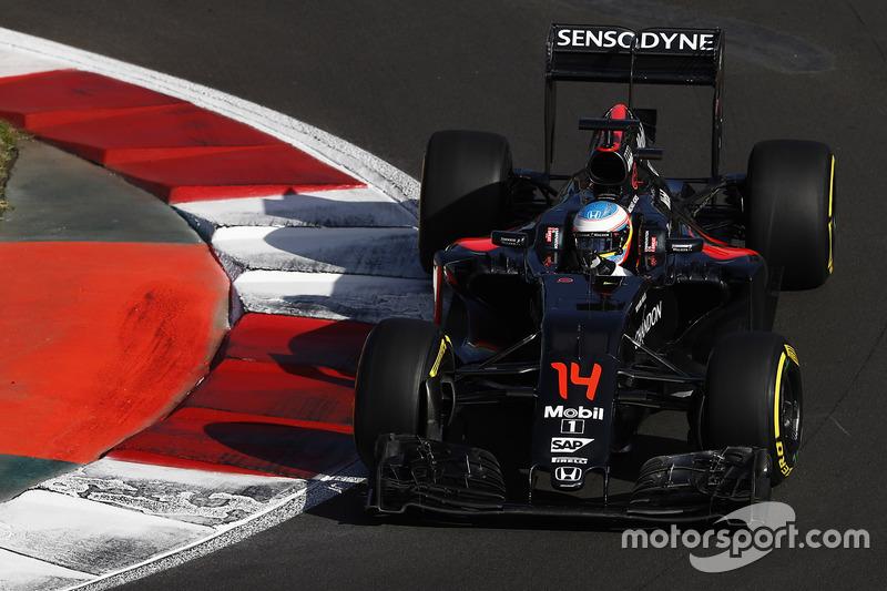 2016. McLaren MP4-31 Honda