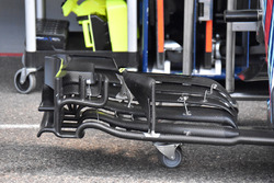 Williams FW41 detail front wing