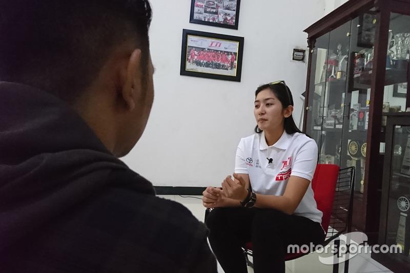 Alinka Hardianti, Toyota Team Indonesia, Derry Munikartono, Motorsport.com Indonesia