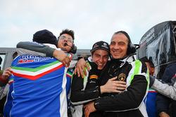 Race winners #17 Antonelli Motorsport: Loris Spinelli, Mikael Grenier