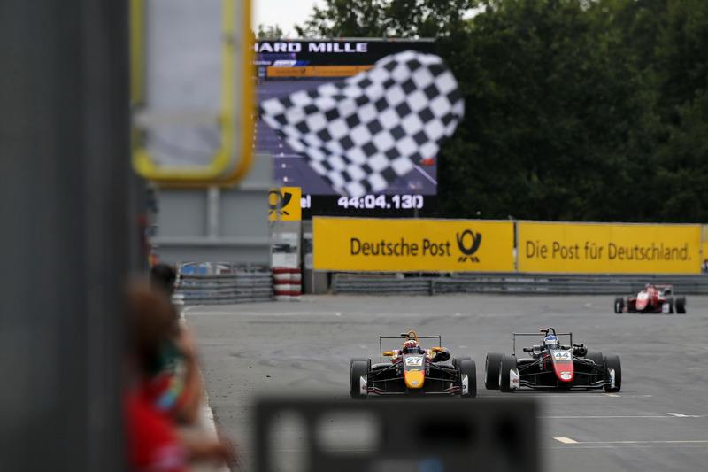 EK Formule 3: 0,057 seconde