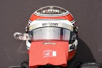Helm und Handschuhe von Will Power, Team Penske Chevrolet
