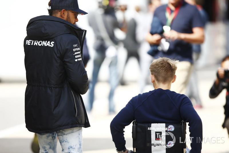 Біллі Монгер, Льюіс Хемілтон, Mercedes AMG F1