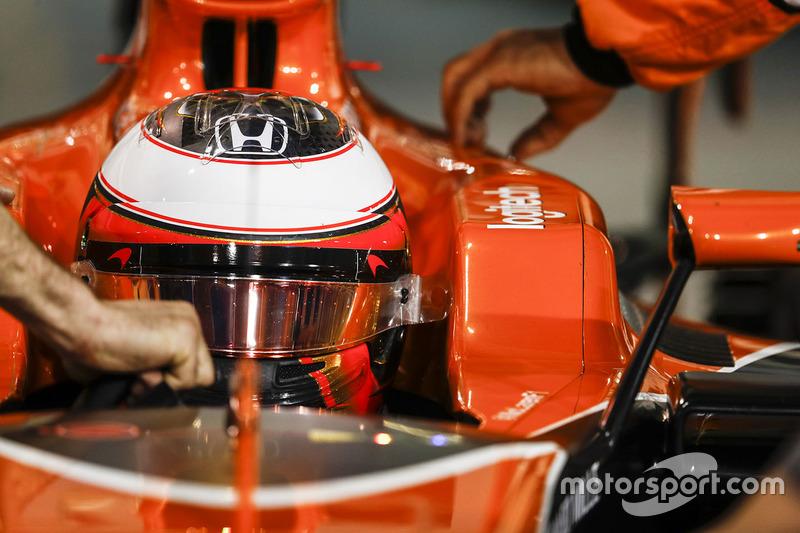 18 місце — Стоффель Вандорн, McLaren. Умовний бал — 3,084