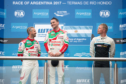 Podium: winner Norbert Michelisz, Honda Racing Team JAS, second place Tiago Monteiro, Honda Racing Team JAS, third place Thed Björk, Polestar Cyan Racing