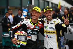 Le vainqueur, Dominique Aegerter, Kiefer Racing, et le deuxième, Thomas Luthi, CarXpert Interwetten