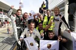 The team of #911 Herberth Motorsport Porsche 991 GT3 R: Daniel Allemann, Ralf Bohn, Robert Renauer, Alfred Renauer, Brendon Hartley celebrate