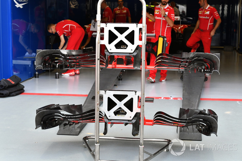 Ferrari SF70H nose and front wings