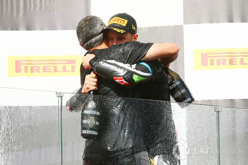 Пере Ріба, переможець гонки та чемпіон світу 2017 року Джонатан Рей, Kawasaki Racing