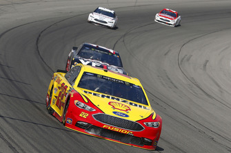 Joey Logano, Team Penske, Ford Fusion Shell Pennzoil, Clint Bowyer, Stewart-Haas Racing, Ford Fusion Haas 30 Years of the VF1