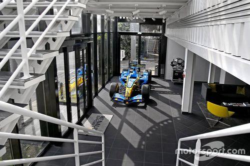 Viry-Châtillon Renault factory