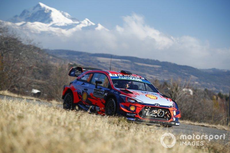 Тьєррі Ньовілль, Ніколя Жільсуль, Hyundai Shell Mobis WRT Hyundai i20 Coupe WRC