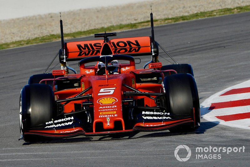 Ferrari SF90 with aero sensors on rear wing