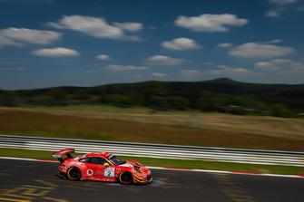 #2 GIGASPEED Team GetSpeed Performance Porsche 911 GT3 R: Steve Jans, Marek Böckmann, Christopher Gerhard
