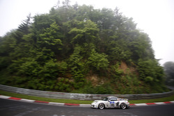 "#140 Black Falcon Team TMD Friction, Porsche 991: Aurel Schoeller, Andre Kuhn, ""Philip"