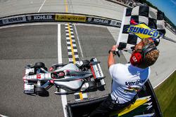 Will Power, Team Penske Chevrolet takes win