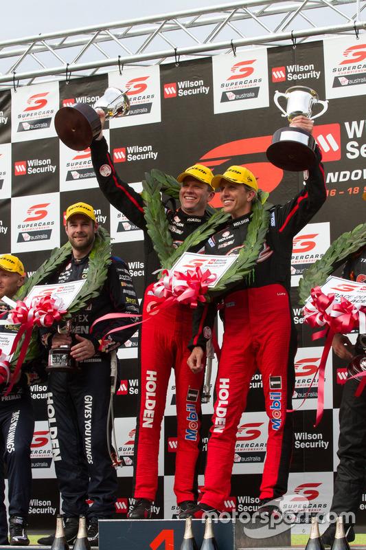 Podium: Sieger Garth Tander und Warren Luff, Holden Racing Team