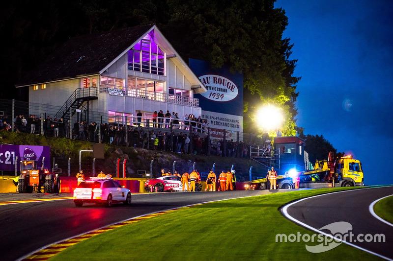 #22 Motul Team RJN Motorsport Nissan GT-R Nismo GT3: Matt Simmons, Matthew Parry, Struan Moore after
