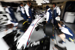 Lance Stroll, Williams, nel garage