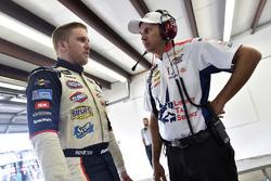 Chris Buescher, JTG Daugherty Racing Chevrolet, Trent Owens
