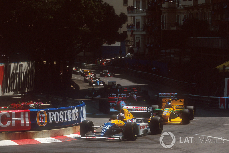 Start action, Alain Prost, Williams FW15C Renault leads Michael Schumacher, Benetton B193B Ford, Damon Hill, Williams FW15C Renault and Ayrton Senna, McLaren MP4/8 Ford