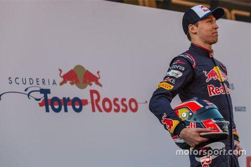 Lanzamiento Scuderia Toro Rosso STR12