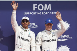 Pole man Lewis Hamilton, Mercedes AMG F1, Valtteri Bottas, Mercedes AMG F1