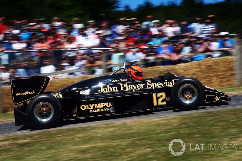 Lee Mowles, Lotus Renault