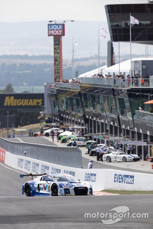 #74 Jamec Pem Racing, Audi R8 LMS: Markus Winklehock, Robin Frijns, Frank Stippler