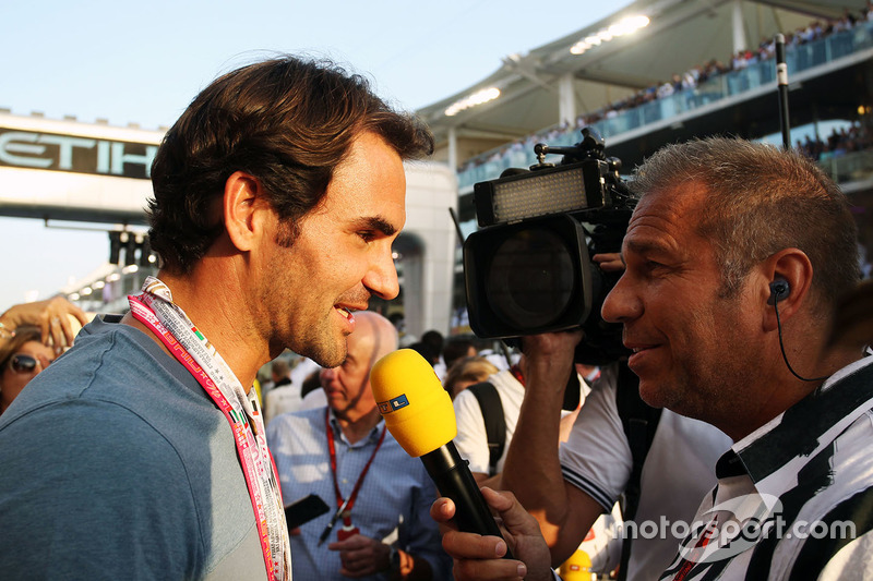 Roger Federer, tenista con Kai Ebel, presentador de televisión de RTL