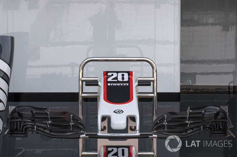 Haas F1 Team VF-17 nose and front wing