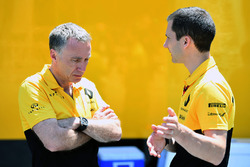 Bob Bell, Renault Sport F1 Team at Renault Sport F1 Team and Remi Taffin, Head of Renault Sport F1 Track Operations