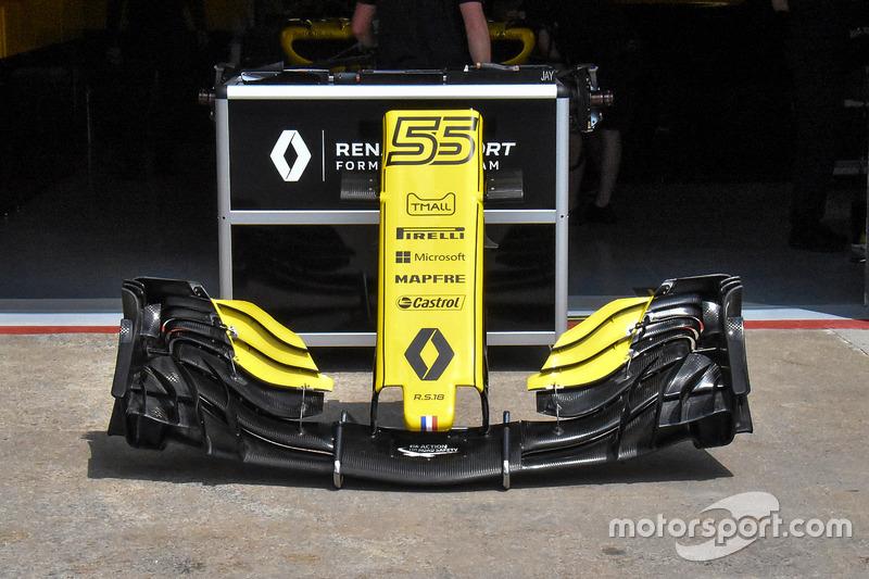 Переднее крыло Renault RS18
