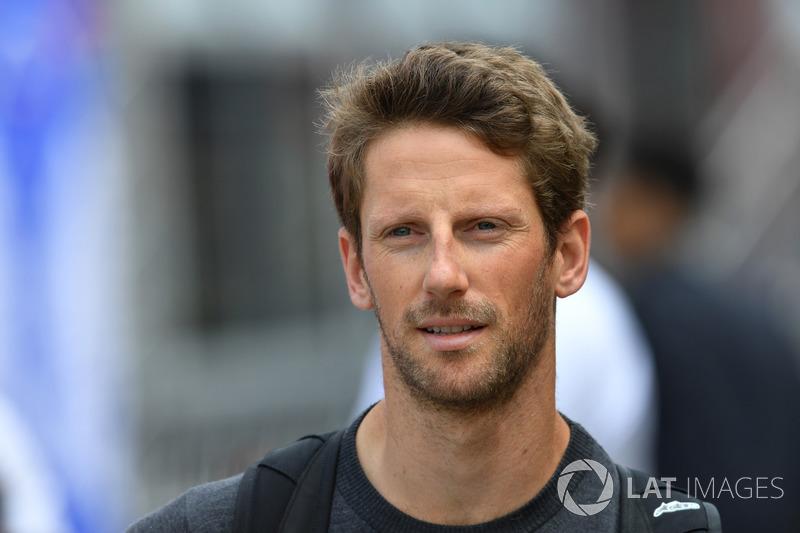 Romain Grosjean, Haas F1 camina por la pista