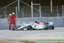 Charles Leclerc, Sauber C37, spins off the track