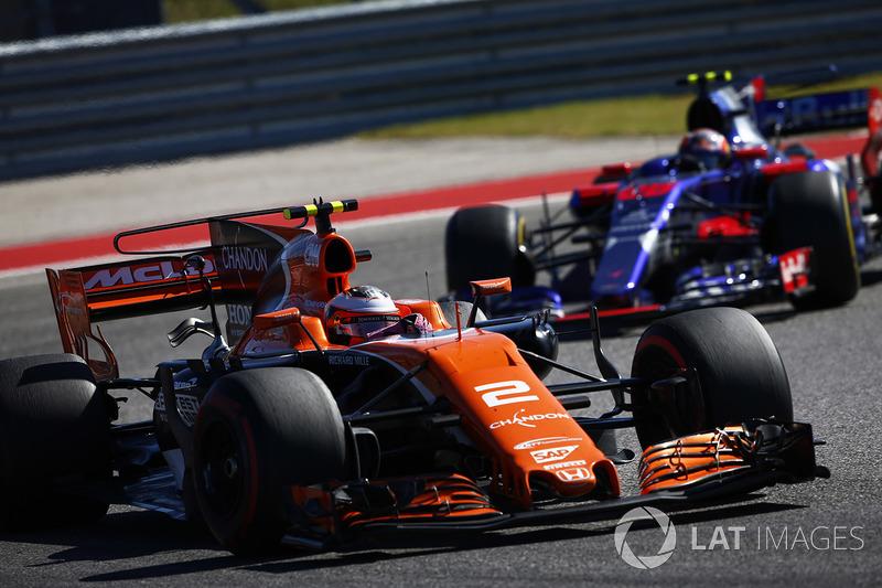 12e : Stoffel Vandoorne (McLaren-Honda)
