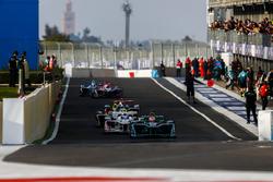 Nelson Piquet Jr., Jaguar Racing, in the pits