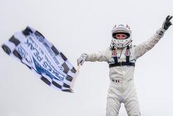 Winnaar #94 Romain Dumas, Volkswagen I.D. R Pikes Peak
