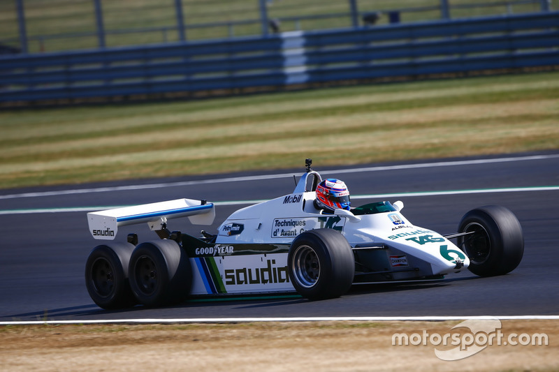 Jenson Button drives a 1982 Williams FW08B