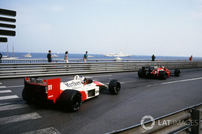 На разгоне к «Сен-Девот» француз ошибся при переключении передач и в итоге оказался только третьим, пропустив Герхарда Бергера на Ferrari. Сенна на каждом круге выигрывал у них секунду, а то и две.