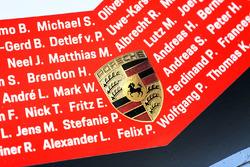#1 Porsche Team Porsche 919 Hybrid front detail with drivers name