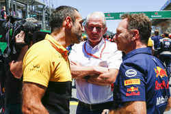 Cyril Abiteboul, directeur général Renault Sport F1 Team, Helmut Marko, Consultant, Red Bull Racing, Christian Horner, Team Principal, Red Bull Racing