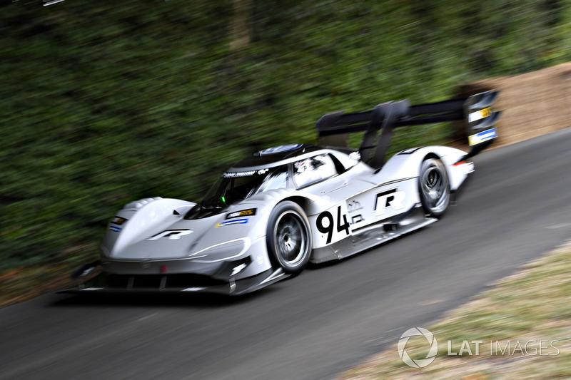 Romain Dumas, Volkswagen I.D. R Pikes Peak (43,86 detik)