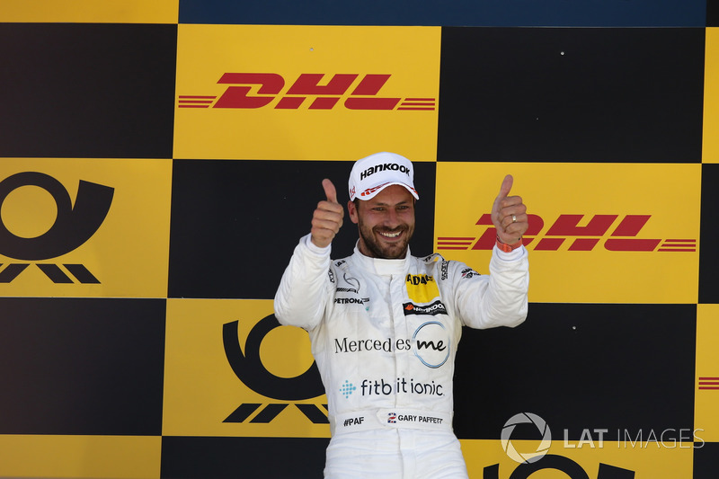 Podium: Race winner Gary Paffett Mercedes-AMG Team HWA