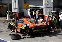 Pit stop, #33 Car Collection Motorsport Audi R8 LMS: Dirg Parhofer, Dimitri Parhofer, Rémi Terrail,