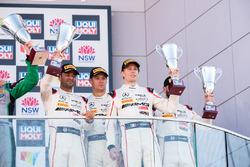Podium Pro-AM: third place Nick Leventis, Lewis Williamson, Cameron Waters, David Fumaneli, Strakka Racing