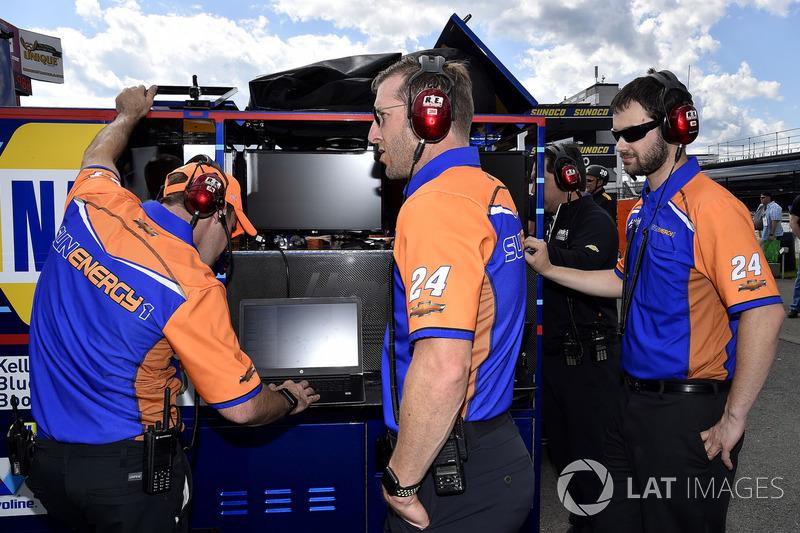 Chase Elliott, Hendrick Motorsports Chevrolet, mit Crewchief Alan Gustaphson